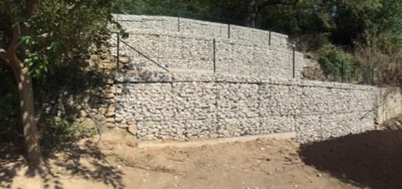 Travaux de confortement de mur par  gabions  électro soudés